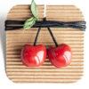 Immagine di collana con due ciondoli in ceramica a forma di ciliegie di Vignola