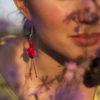 Immagine di orecchino a forma di fiore di Fuchsia colore rosso